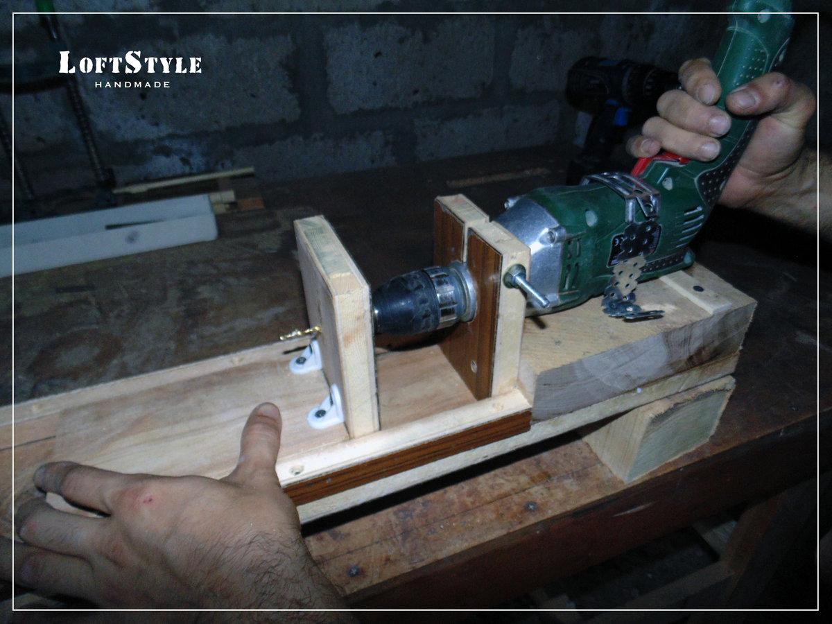 Как сделать токарный станок по дереву из дрели своими руками
