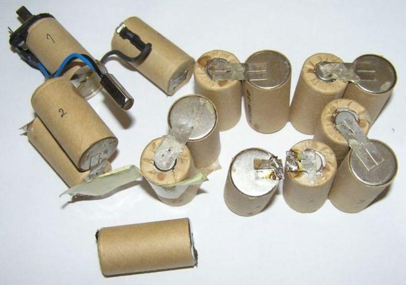 Как восстановить аккумулятор(акб) шуруповерта в домашних условиях своими руками: батарею 18 вольт, литиевый, никель-кадмиевые