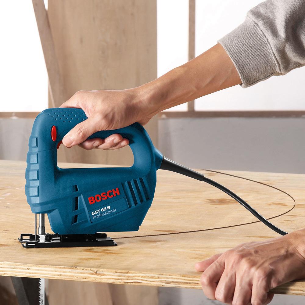 Как выбрать электролобзик для дома