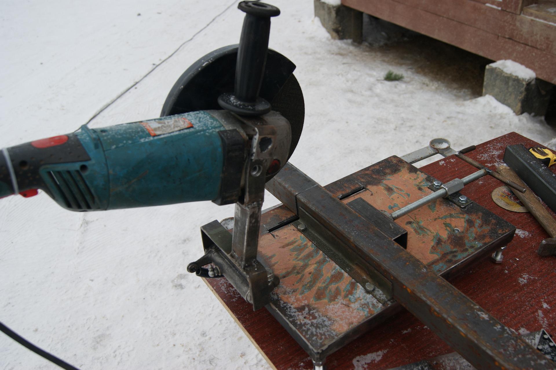 Отрезной станок из болгарки: как сделать удобный инструмент своими руками
