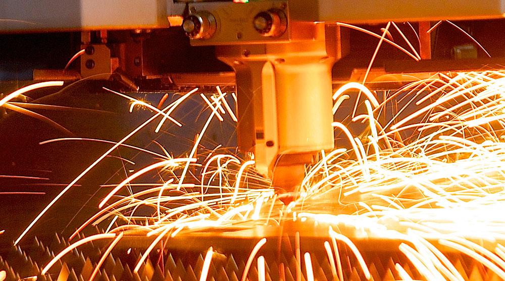 Принцип токарной обработки металла: история и современность