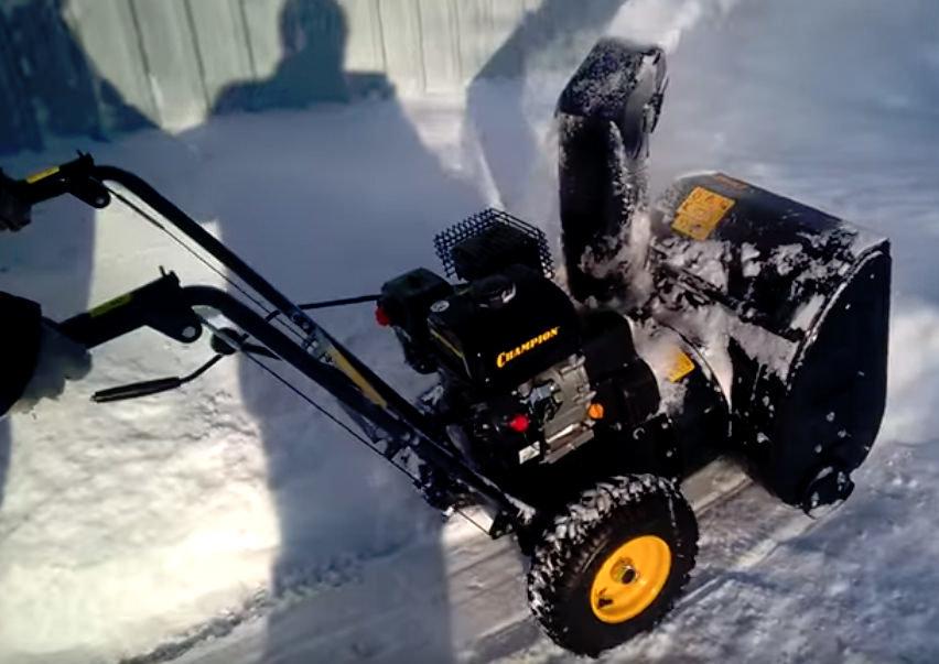 Снегоуборщик чемпион: надежная техника для вашего дома