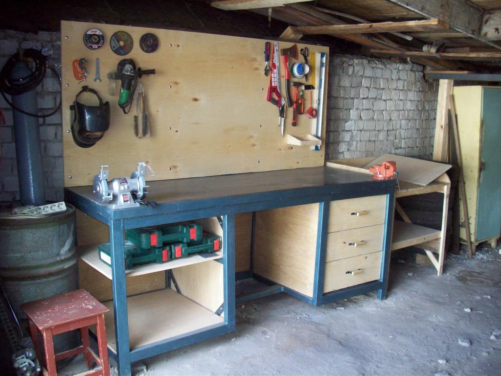 Верстак из дерева в гараж своими руками: чертежи и размеры верстак из дерева в гараж своими руками: чертежи и размеры