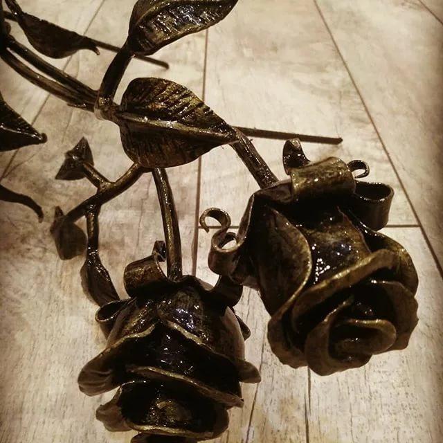 Металлическое цветоводство: кованые розы