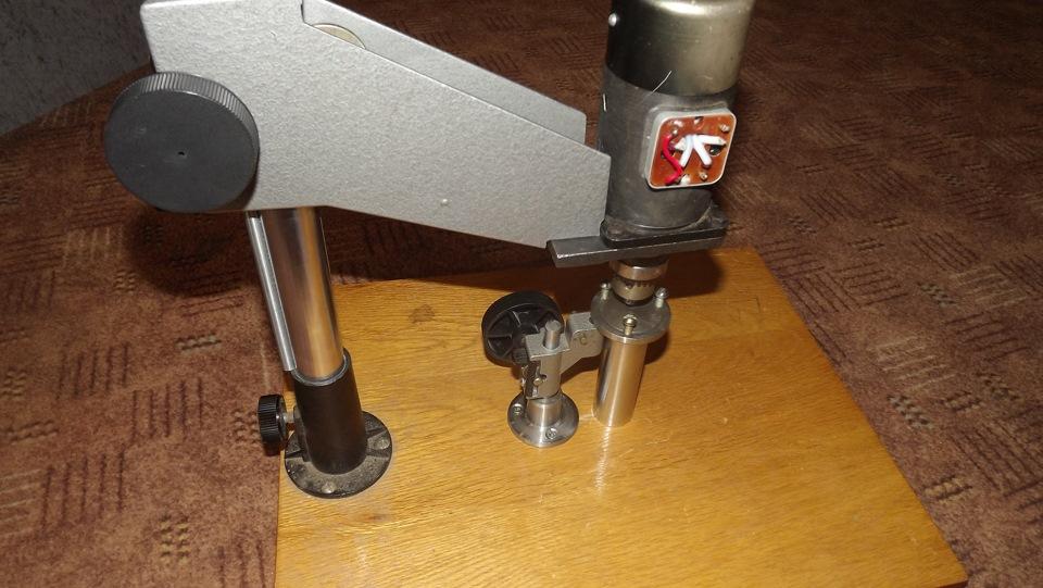 Сверлильные станки из фотоувеличителя и микроскопа