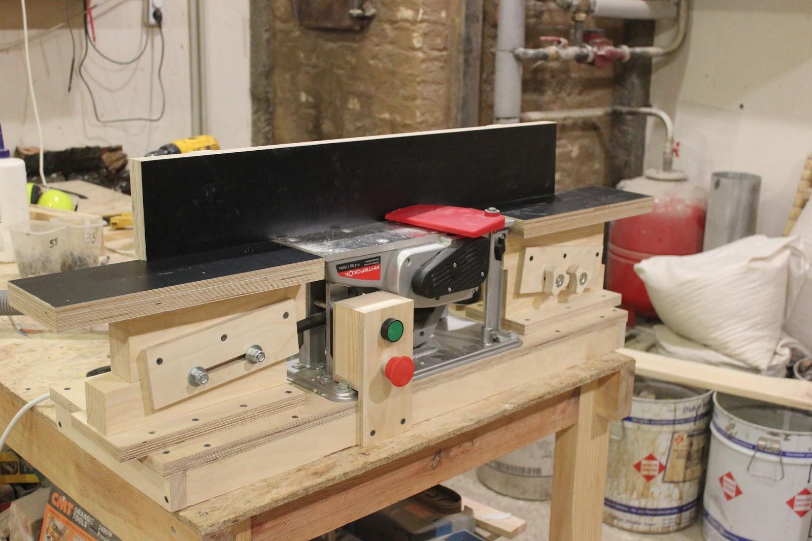 Самодельный фуговальный станок из электрорубанка самодельный фуговальный станок из электрорубанка
