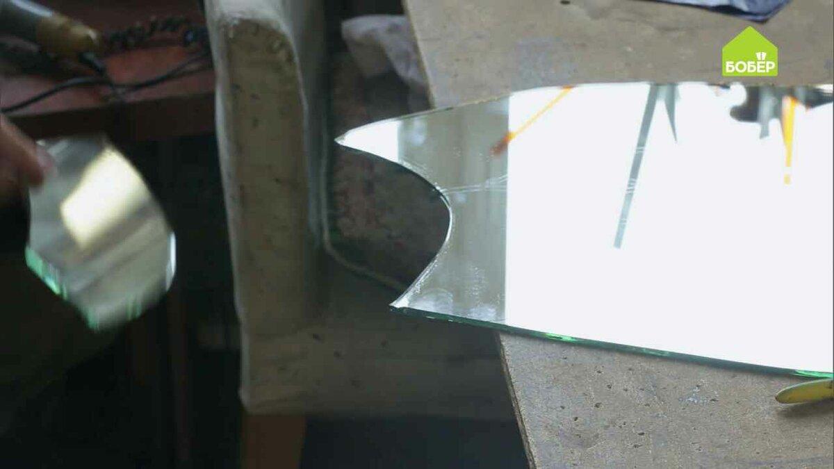 Как правильно резать стеклорезом зеркало