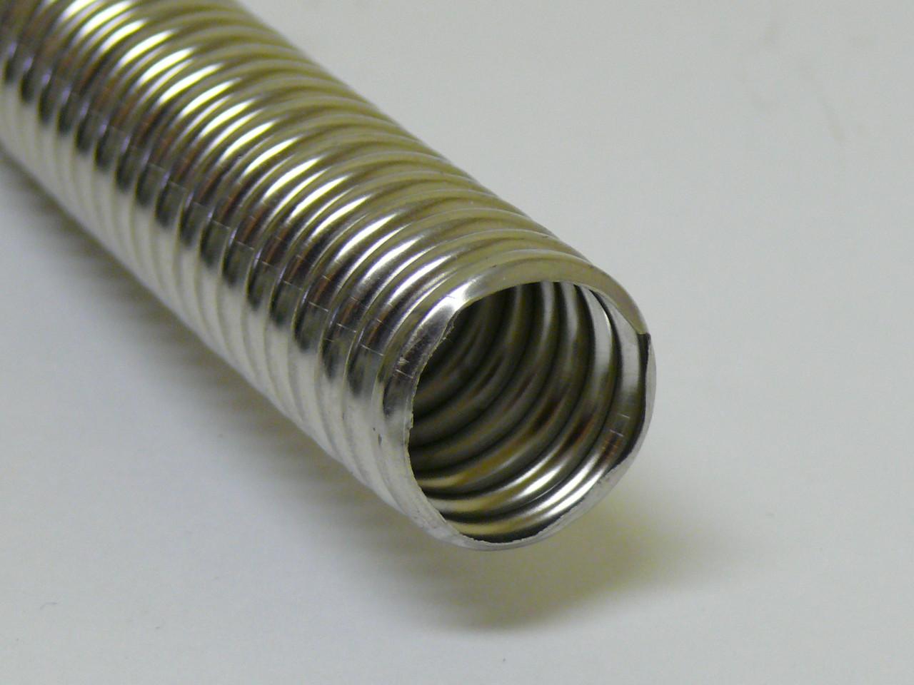 Преимущества гофрированной трубы из нержавеющей стали, виды и способы использования
