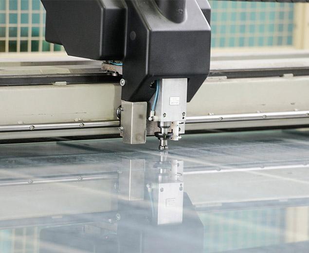 Как резать стекло стеклорезом правильно - читайте тут