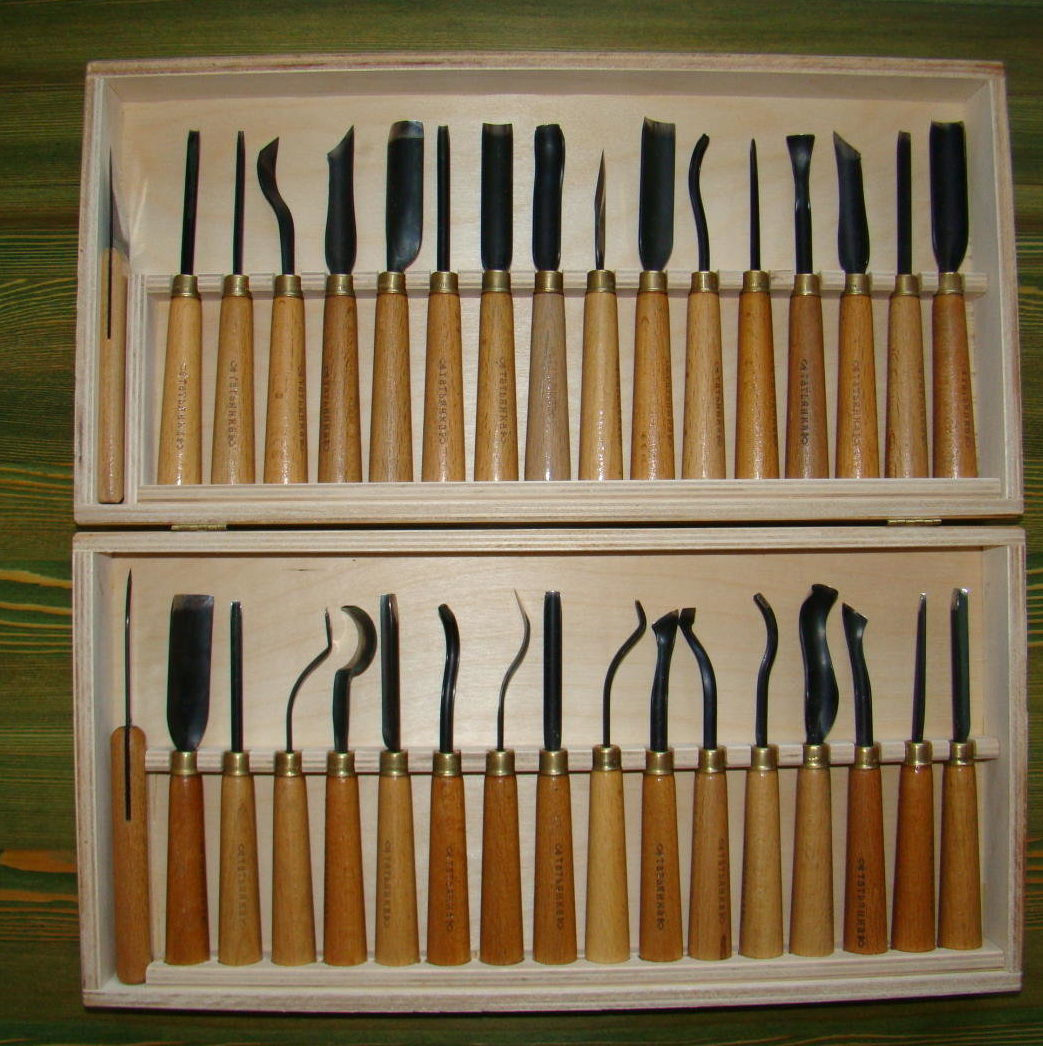 Станок для резьбы по дереву: деревообрабатывающие 3d-модели с чпу, ручные и другие станки для резных изделий и для художественной резьбы, изготовление самодельного инструмента