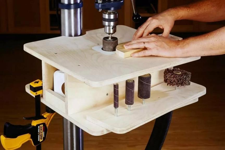 Фрезерный станок по дереву, его характеристики, выбор инструмента