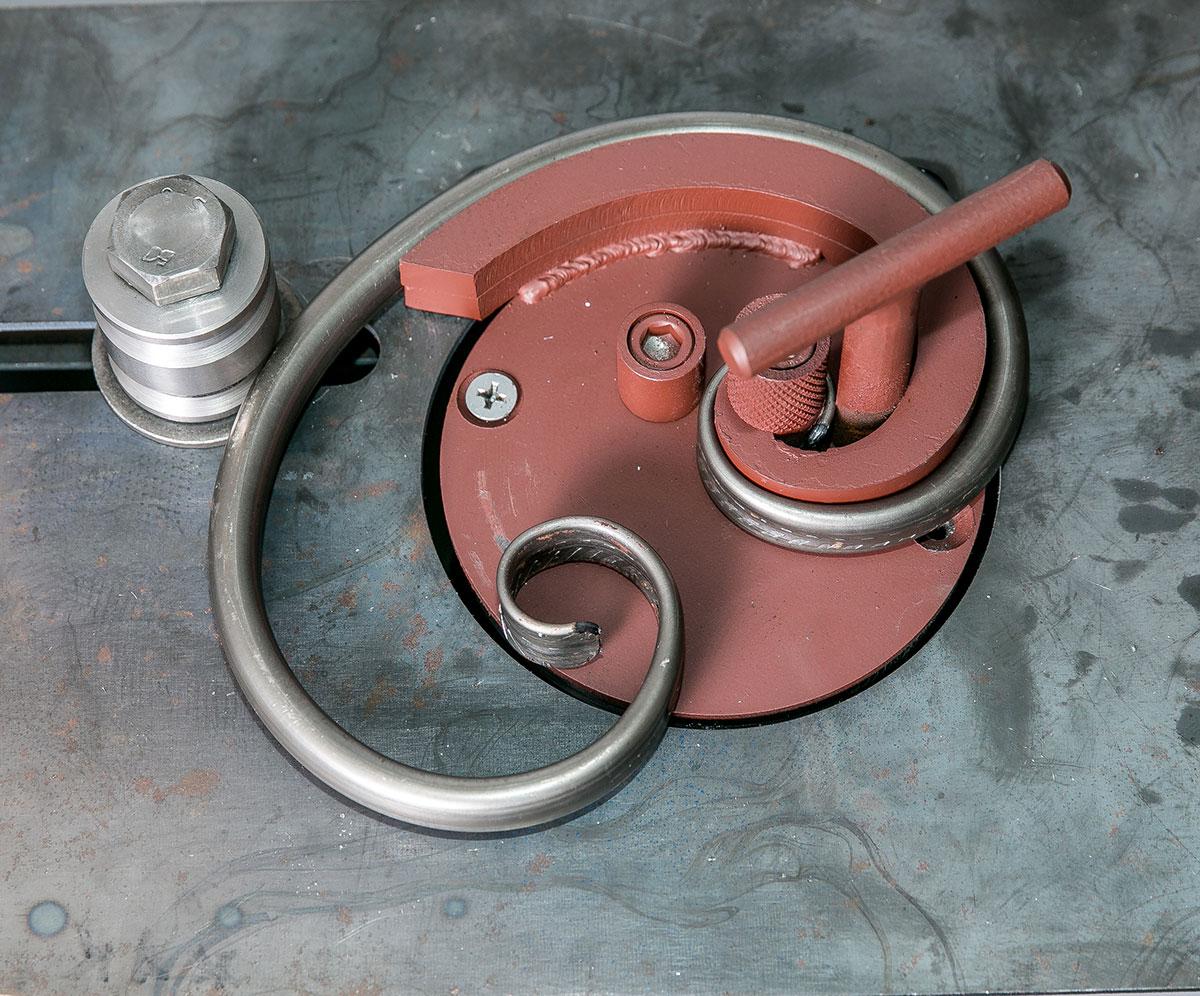 Холодная ковка своими руками: подробное описание необходимых инструментов и материалов для ковки