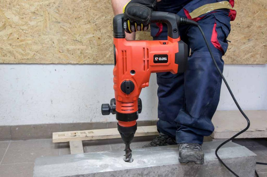 Как просверлить бетонную стену