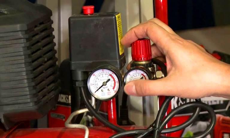 Какое масло заливается в воздушный поршневой компрессор