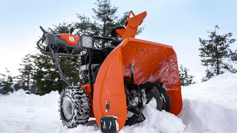 Лучшие модели снегоуборщиков от компании husqvarna