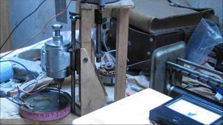 Работа самодельного электроэрозионного станка для прожига
