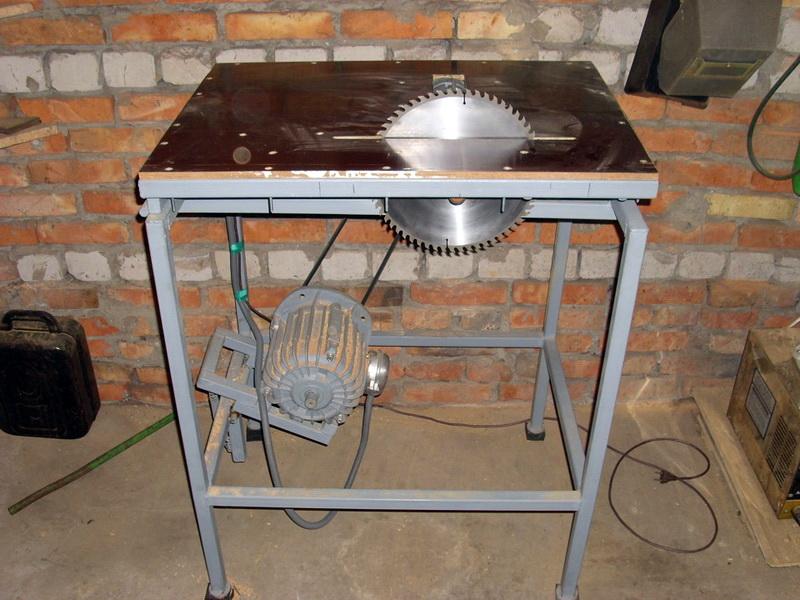 Циркулярная пила стационарная своими руками: инструкция по изготовлению